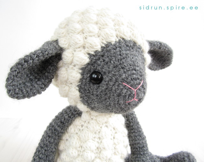 bobble stitch sheep