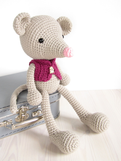 crocheted mouse pattern